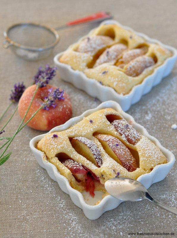 Clafoutis aux pêches et à la lavande (Lavendel-Pfirsisch Clafoutis)