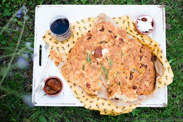 Fougasse aux tomates séchées (provençalisches Brot mit getrockneten Tomaten)