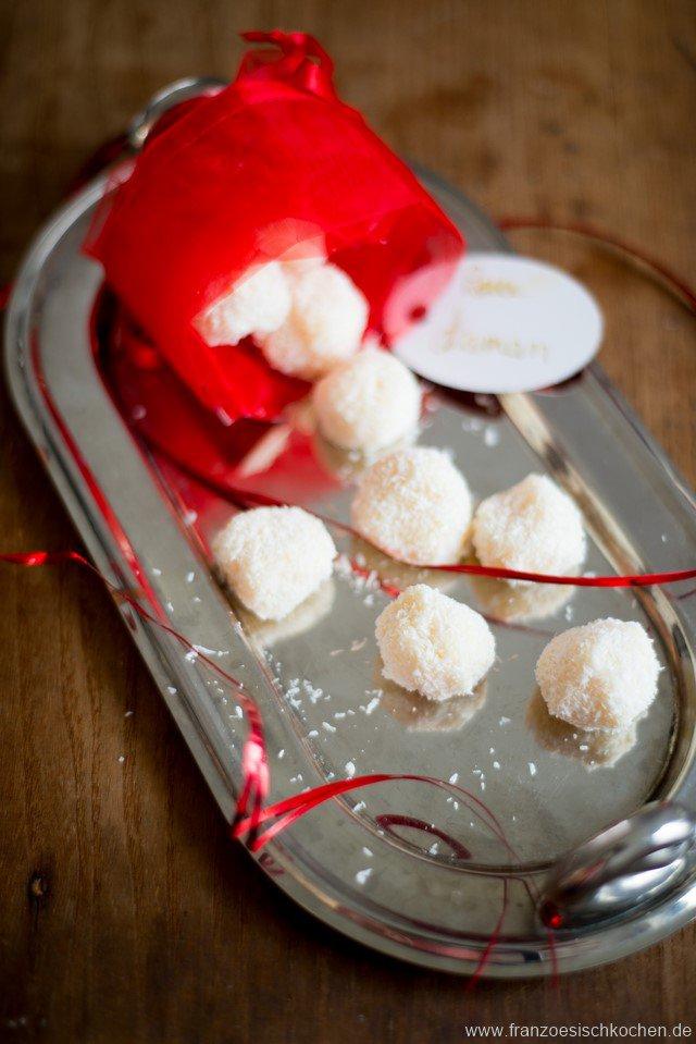 truffes-blanches-a-la-noix-de-coco-weisseschokoladentruffeln-mit-kokosnuss-dsc52311-kopie