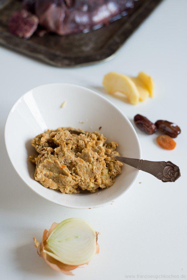 gibier-aux-pommes-fruits-secs-et-chataignes-wildbraten-mit-apfeln-getrocknetem-obst-und-kastanien-dsc66211-kopie
