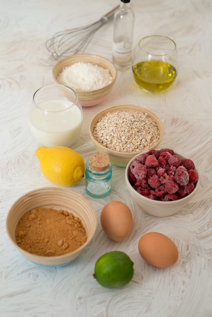 gateau-davoine-et-sucre-de-fleur-de-coco-aux-framboises-haferkokosblutenzucker-kuchen-mit-himmbeeren-dsc86291-kopie