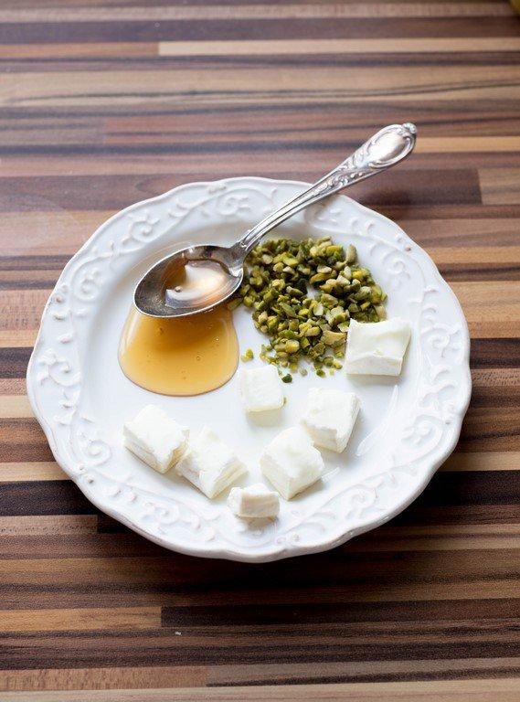 salat-mit-fruhlingsgemuse-salade-aux-petits-legumes-printaniers-dsc3919-kopie