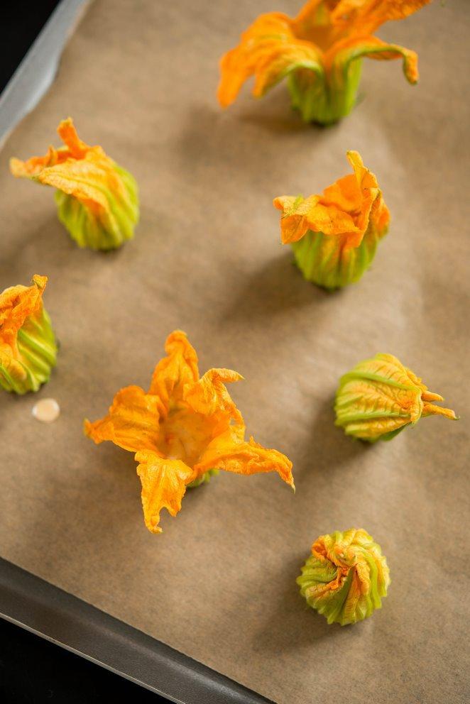 gefullte-zucchinibluten-fleurs-de-courgettes-farcies-dsc4817-kopie
