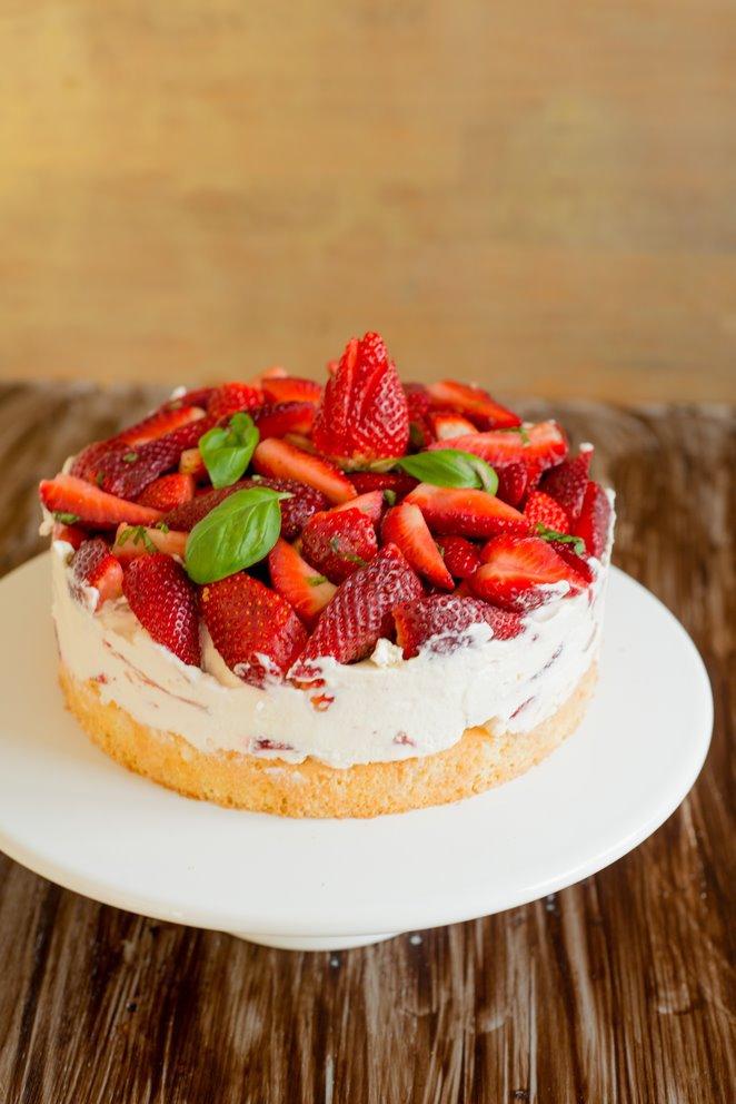 einfache-erdbeerbasilikum-torte-gateau-fraises-basilic-tout-simple-dsc32511-kopie