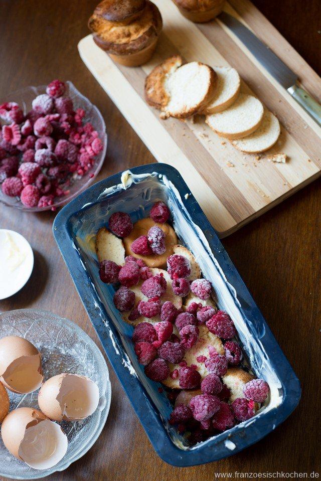 armerritterkuchen-mit-brioche-und-himbeeren-gateau-de-pain-perdu-a-la-brioche-et-aux-framboises-dsc8046-kopie