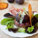 Exquisite Vorspeise mit Feigen und Roquefort