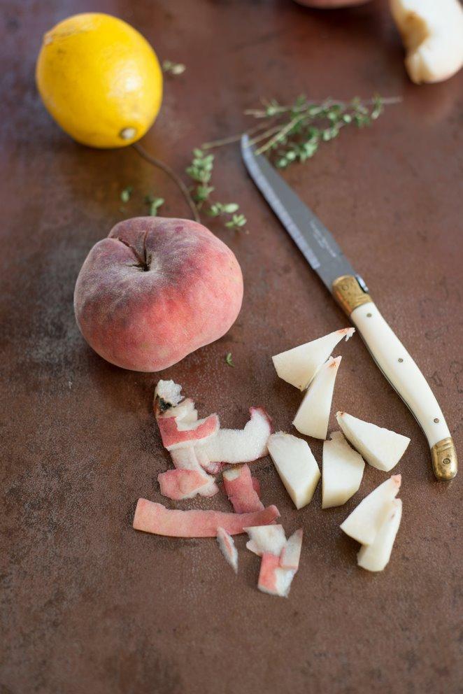 sommerliche-pfirsischzitronenthymian-suppe-soupe-de-peches-et-thym-citron-dsc3527kopie