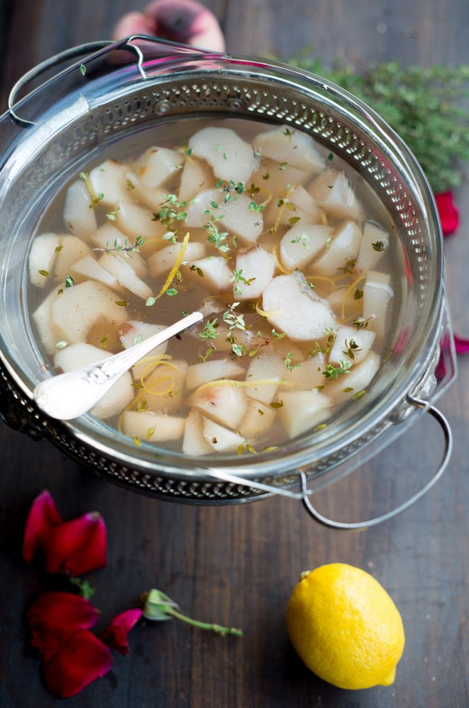 sommerliche-pfirsischzitronenthymian-suppe-soupe-de-peches-et-thym-citron-dsc3542kopie