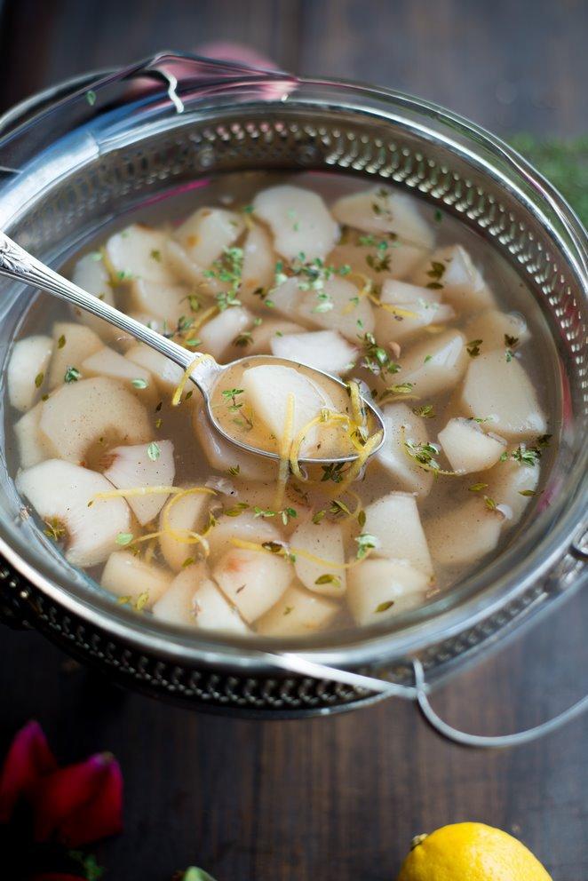 sommerliche-pfirsischzitronenthymian-suppe-soupe-de-peches-et-thym-citron-dsc3549kopie