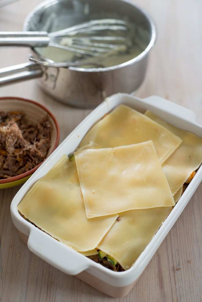 lasagne-mit-entenconfit--pfifferlingen-und-das-basisrezept-fur-bechamel-sauce-faq-dsc6904kopie