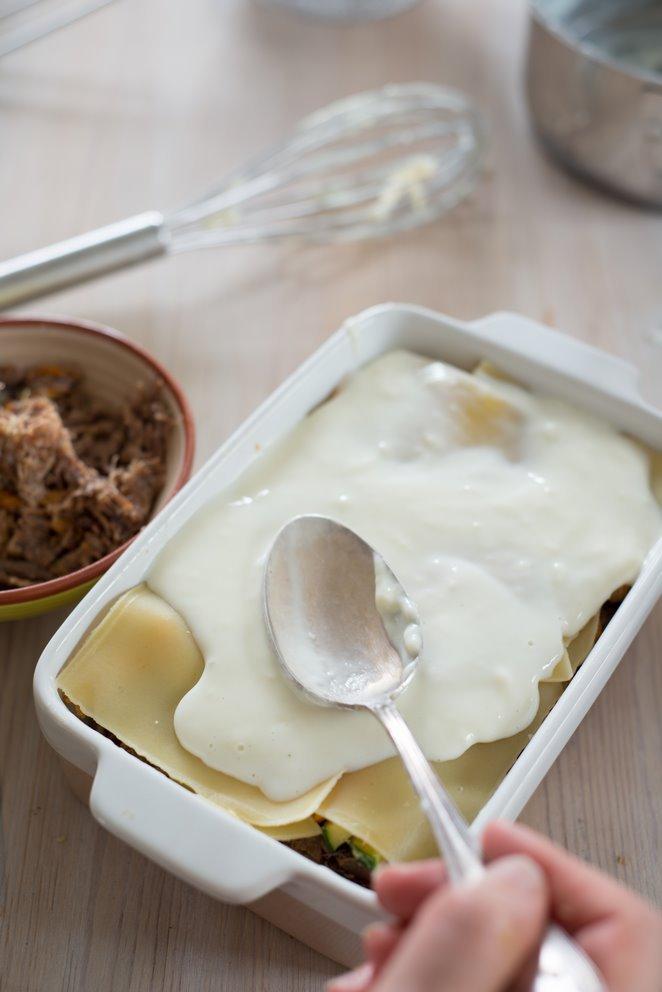 lasagne-mit-entenconfit--pfifferlingen-und-das-basisrezept-fur-bechamel-sauce-faq-dsc6905kopie