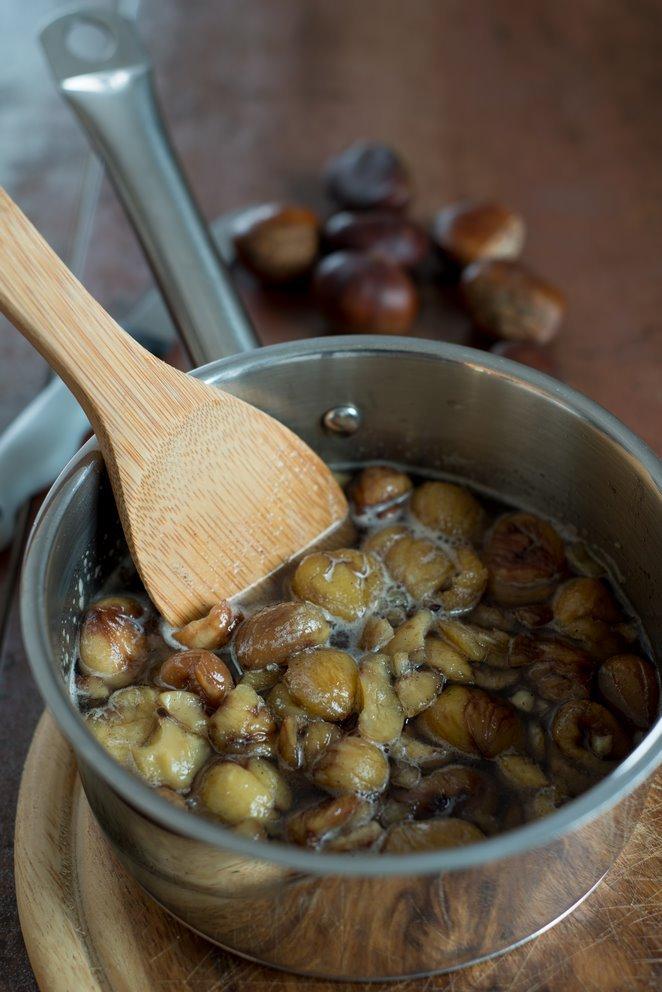 wie-bereitet-man-esskastanien-richtig-zu-gekocht-gerostet-und-als-creme-mit-vanille-hier-sind-alle-meine-tipps-dsc8461kopie