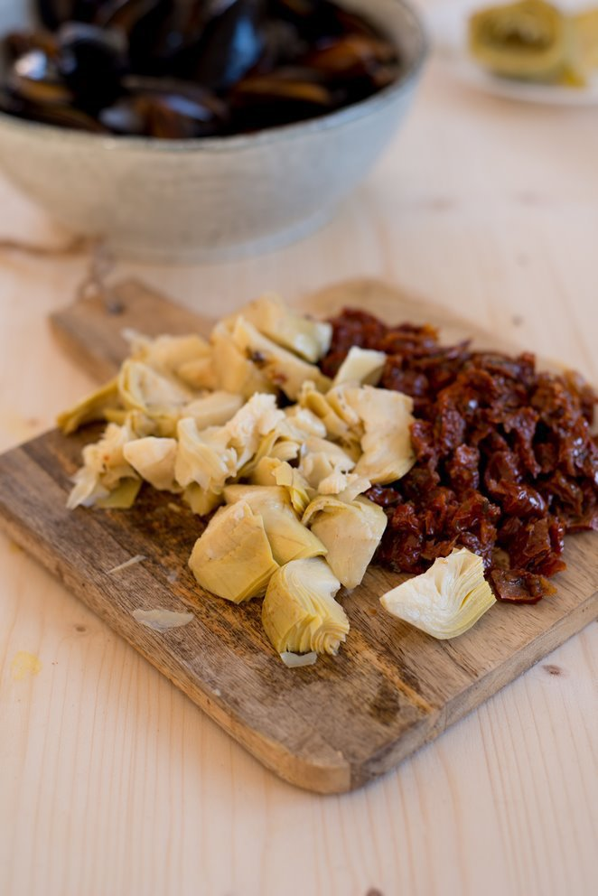 miesmuscheln-mit-getrockneten-tomaten-und-artischocken-dsc9885-kopie