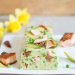 Frühlingsterrine ohne Backen mit Avocado und Lachs