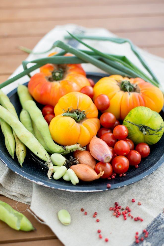 kalte-tomatensuppe-mit-rosa-pfeffer