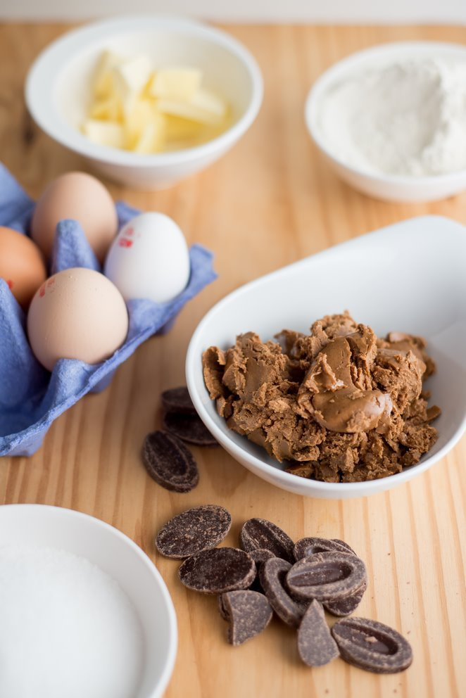 nussnougatkuchen-mit-zartbitterschokolade-gateau-au-pralin