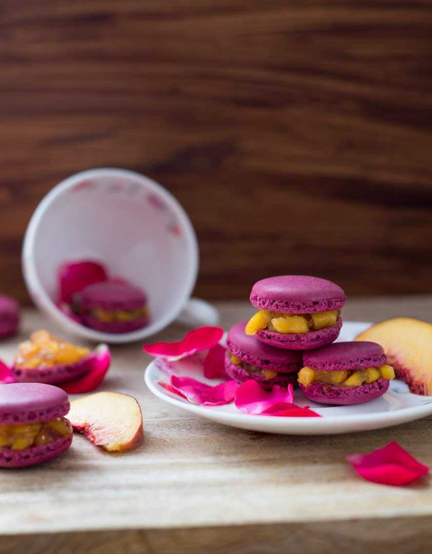 pfirsichrosenmacarons-nicht-zu-suss-macarons-pechesrose