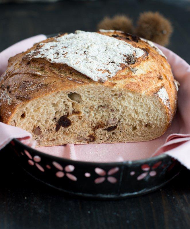 brot-mit-esskastanien-und-feigen-pain-a-la-chataigne-et-aux-figues