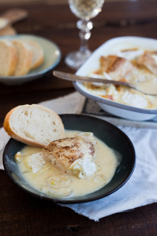 hahnchenbrust-a-la-normande-mit-camembert-sauce