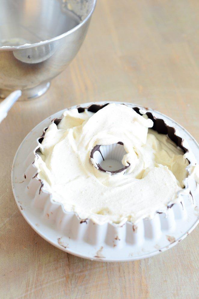 vanilleeistorte-mit-goldenem-schokoladenuberzug-ganz-einfach-zum-angeben