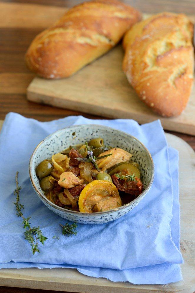 hahnchen-mit-oliven-und-zitronen--poulet-au-citron-et-aux-olives