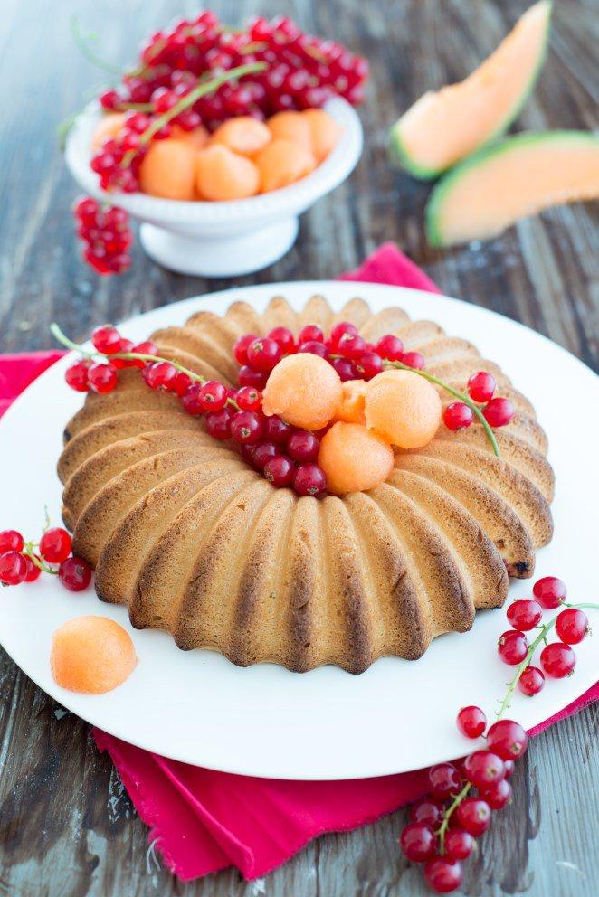 Kuchen mit Johannisbeeren & Cavaillon-Melone ( Gâteau aux groseilles et melon de Cavaillon)