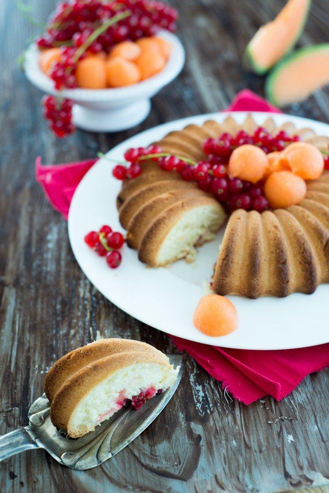 kuchen-mit-johannisbeeren--cavaillonmelone--gateau-aux-groseilles-et-melon-de-cavaillon