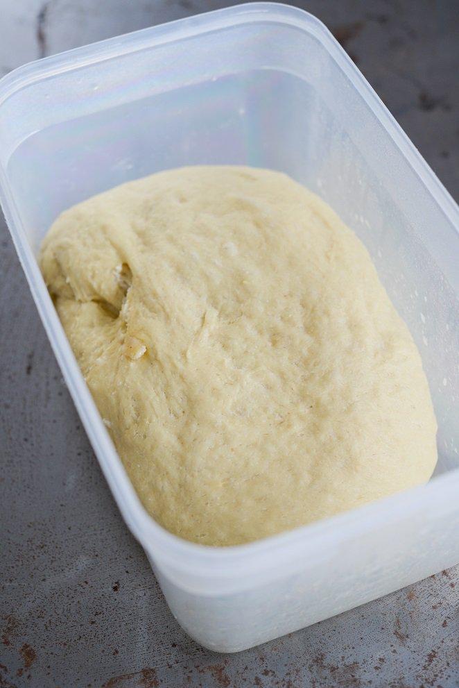 brioche-de-noel-mit-sauerkirschen